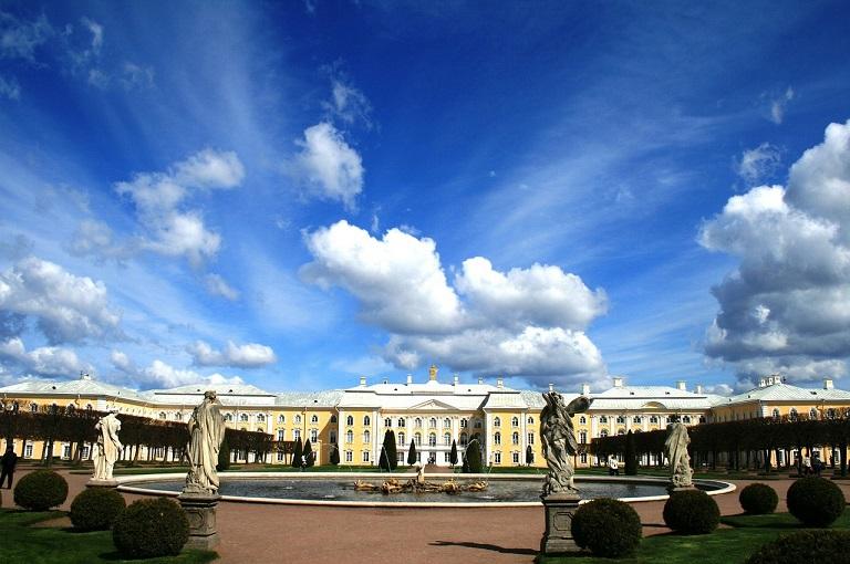 palace-231436_1280